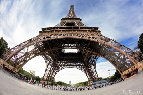 fisheye photo of the eiffel tower